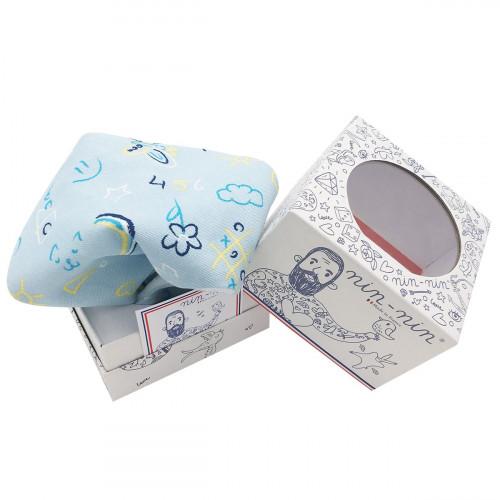Cube doudou personnalisable Le Phospho Bleu. Cadeau de naissance original et made in France