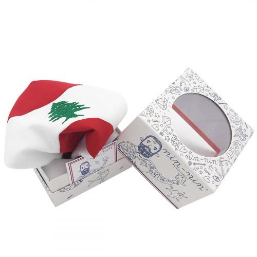 Cube doudou Le Libanais. Cadeau de naissance original personnalisable et made in France.