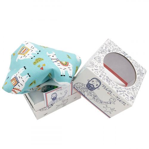Cube tatoué doudou lama. Cadeau de naissance original personnalisable et made in France.