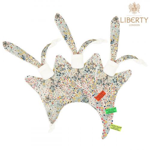 Doudou étiquettes Le Harry Liberty of London. Archie, fils de Meghan Markle adore ce cadeau de naissance original.