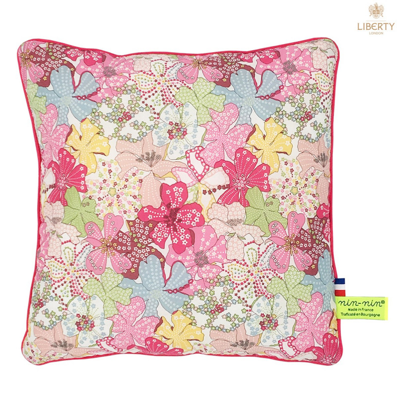 Coussin Margaret Liberty of London. Cadeau de naissance original personnalisable et made in France. Nin-Nin