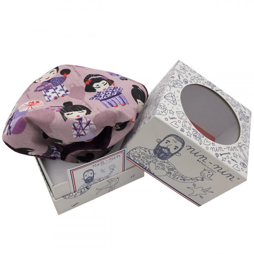 Cube personalised baby comforter with small Geishas. Original birth gift made in France. Nin-Nin