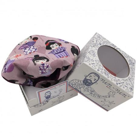 Cube doudou Minoshi représentant des poupées geisha Japonaises. Cadeau personnalisable et made in France. Marque Nin-Nin