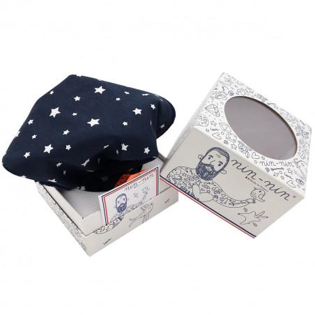 Cube doudou l'Orion représentant des étoiles sur fond marine. Cadeau personnalisable et made in France. Marque Nin-Nin