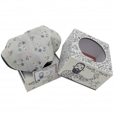 Packaging doudou étoilé. Cadeau de naissance personnalisable et made in France. Marque Nin-Nin