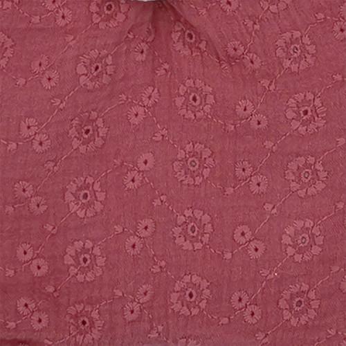 Tissu doudou Le Sorgues. Tissu pourpre brodé et ajouré. Cadeau de naissance personnalisé et made in France. Doudou Nin-Nin