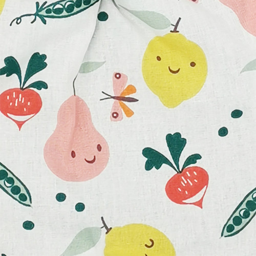 Tissu doudou Le Veggie imprimé fruits et légumes. Cadeau de naissance personnalisé et made in France. Doudou Nin-Nin